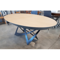 TABLE VARZZY